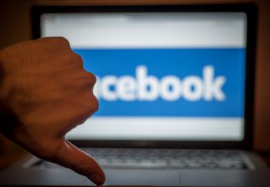 Facebook löscht 2 Mio. politische Werbeanzeigen