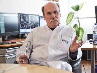 """Prof. Günter Layer: """"Wir brauchen einen harten Lockdown"""""""